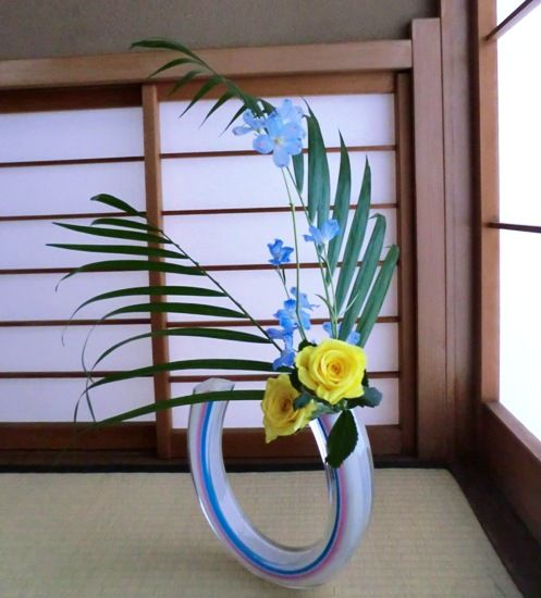 杉山先生宅お稽古自由花アレカ、黄色バラ縮小版CIMG8353