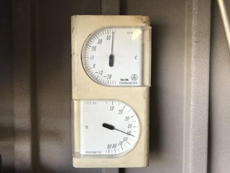 20180716_gararge_temp_44℃