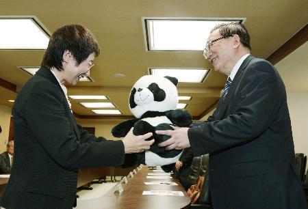 【朗報】 仙台市長・奥山恵美子 今期限りで引退の意向 震災直後にパンダ誘致に動くなど市政に貢献 [無断転載禁止]©2ch.net->画像>11枚