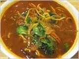 寒い夜にはスパイシー・スープ・ヌードル