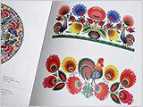 ポーランドの切り絵の本