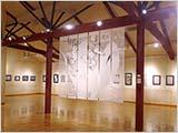 「因州和紙剪画展」初日…雨で休館