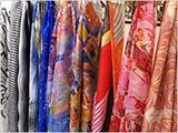 春色のスカーフたち