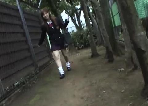 【痴漢体験】通り魔に強姦された女子校生に現場で再現してもらうハメ撮り