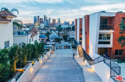 Đôi cánh thiên thần, Los Angeles, California