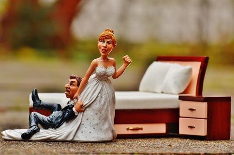 wedding-night-1116722_1920