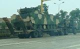 国家防衛陸上総軍が移民居住区の治安維持に乗り出した