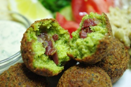 2012.04.17 falafel with pastourma2