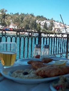lunch in Halkida
