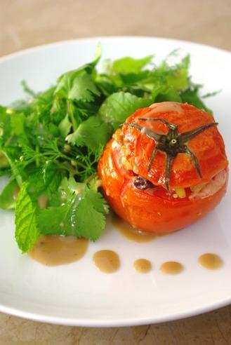 2017.04.12 stuffed tomato salad