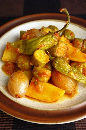 2012.07.04 zucchini & potato stew