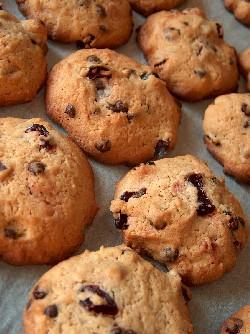 sour cherry & choc chip cookies