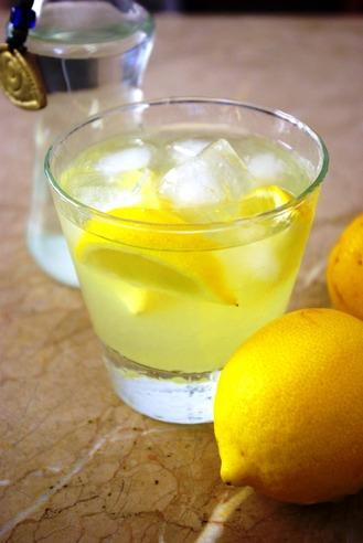 2017.02.17 mastiha lemon cocktail