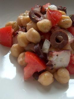 octopus & chickpea salad2