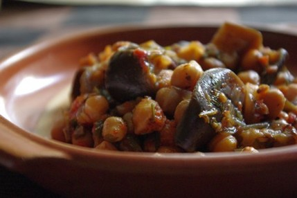 2009.06.18 aubergines & chickpeas