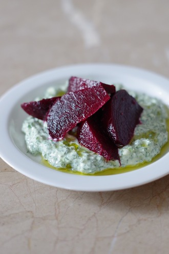 2020.12.16 beetroot with dill spread