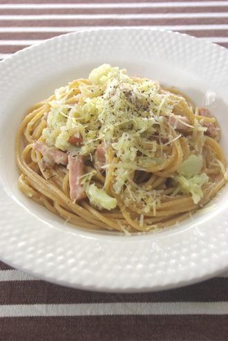 2016.02.14 pasta with cauliflower & smoked pork
