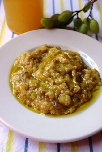 2009.08.05 melitzanosalata with verjus