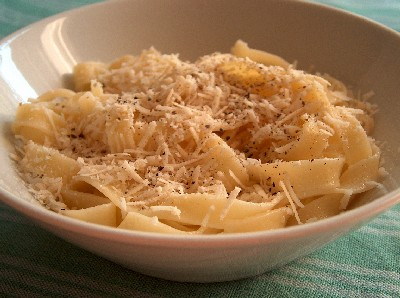 pasta with cheese & black pepper