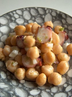 octopus & chickpea salad1