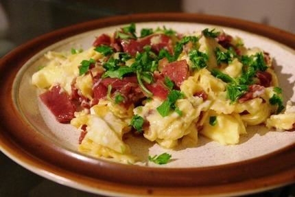 2011.10.23 pastourma with eggs