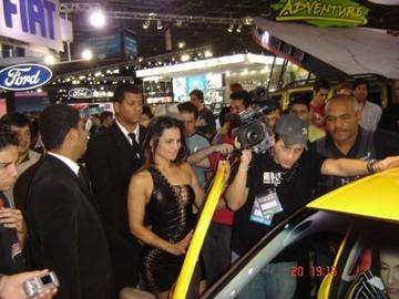 xnews2_Car Show Beauty Shows 09