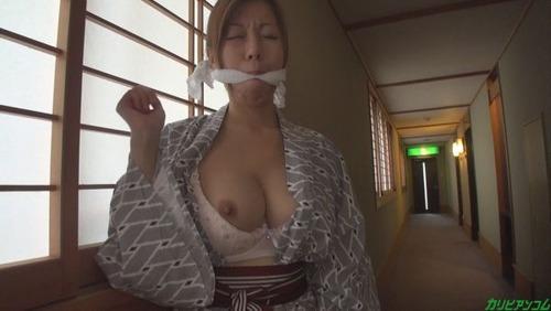 akino-chizuru-x2-04