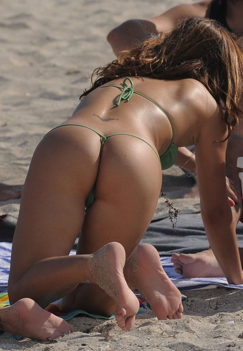 sexy ass in bikini and on the beach (11)