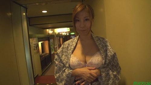 akino-chizuru-x2-02