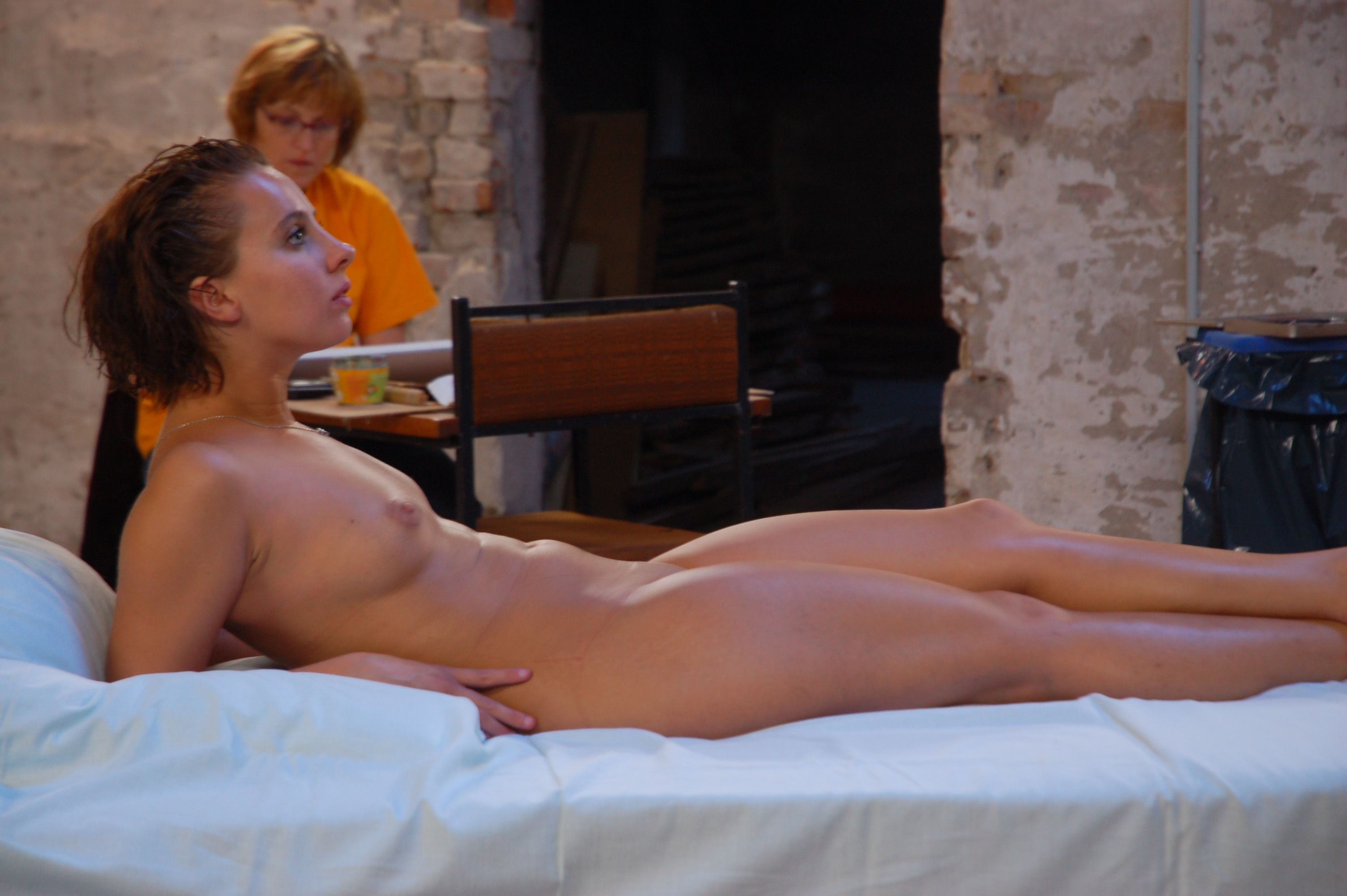 girls in spa nude