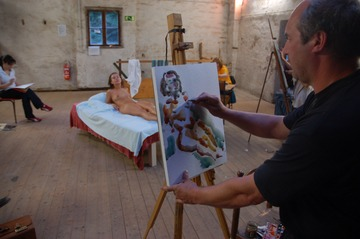xnews2_Woman Posing Nude For An Art Class 03