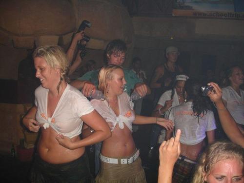 Wild Nightclub Party (16)
