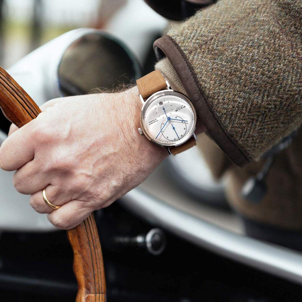 【!?】心理学によると 「腕時計の扱い = 嫁の扱い」 なんだってよ・・・・!!!