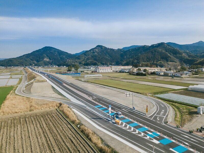 【悲報】高速道路、なんと2065年になっても無料にならないwwwwwww
