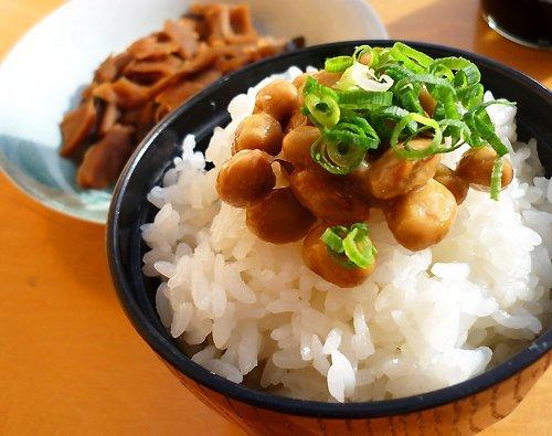 あるある大事典で「納豆食べると血液サラサラになる」っての見てからほぼ毎日納豆食ってるけど実際は・・・