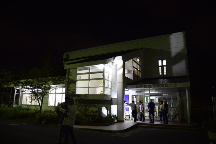 照明訓練玄関