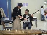日本語学校語学留学生の祭典和楽器ブース3