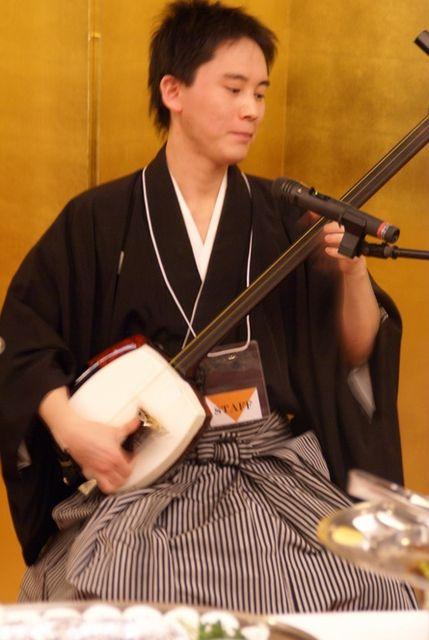 shishido-thumb.jpg