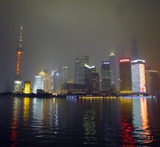 中国のお正月「春節」の花火 @上海外灘