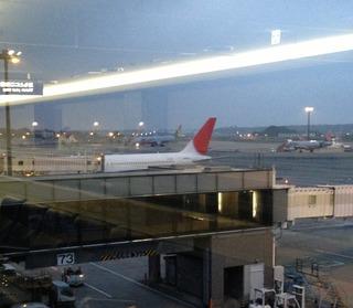83回目の上海--日本航空「JL879」便