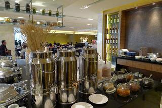 中国・上海 虹橋地区のホテル ルネッサンス揚子江上海ホテル(上海揚子江万麗大酒店)Renaissance Yangtze Shanghai Hotelの朝食