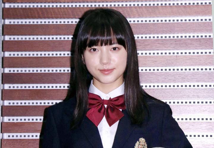 【#画像】ブレイク必至の  #新人女優・ #清原果耶の素顔