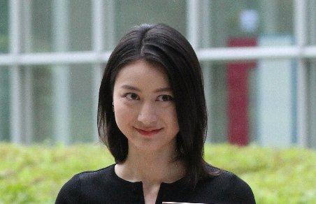 【悲痛】小川彩佳アナ、グラビアの次は『リーガルV』女優デビューに「お前もか」「勘違い甚だしい」の声