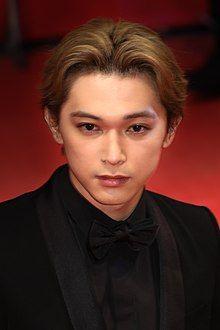【朗報】吉沢亮、「国宝級イケメンランキング」1位に選出「僕、顔しかイケてないですから(笑)」