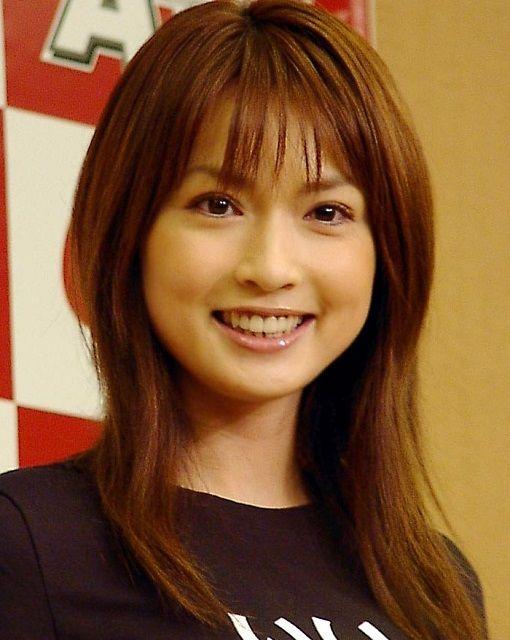 【画像】長谷川京子、「うっとりします…」横顔の写真が美しすぎると話題騒然