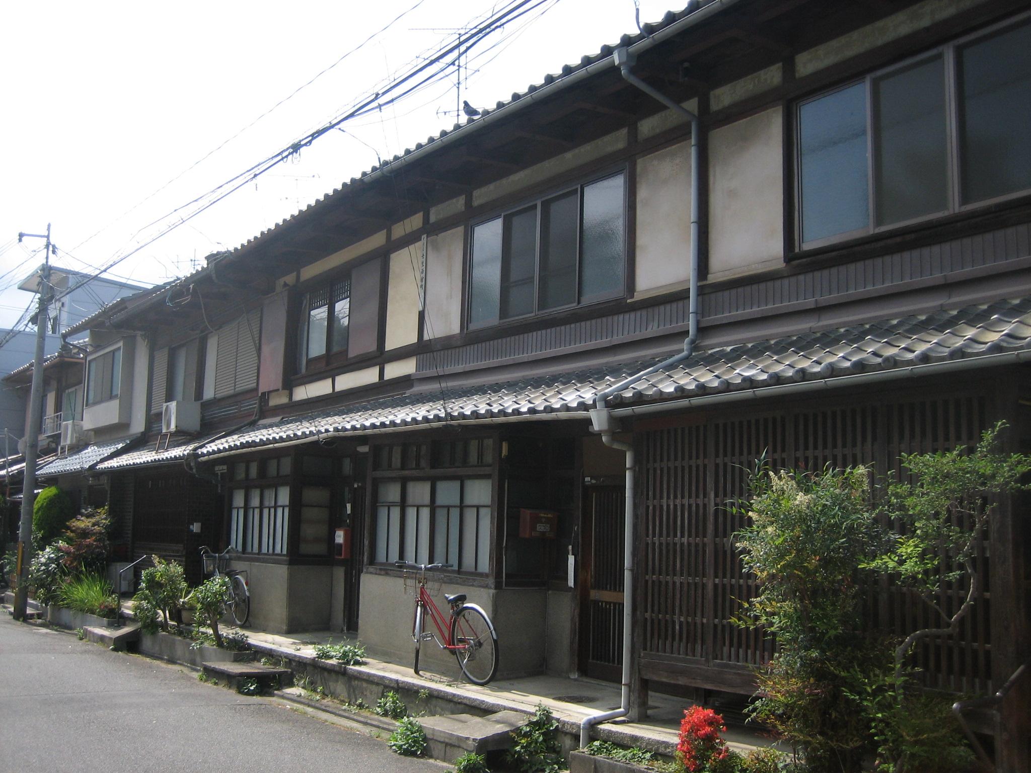 京都おんぼろシェアハウス                        ちあき