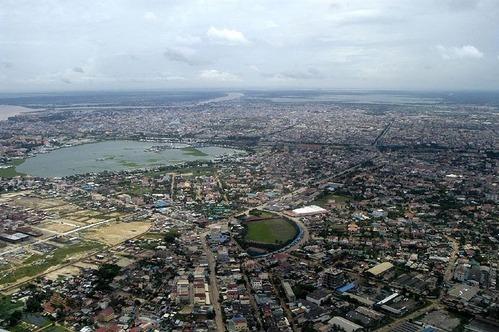 800px-Phnom_Penh_aerial