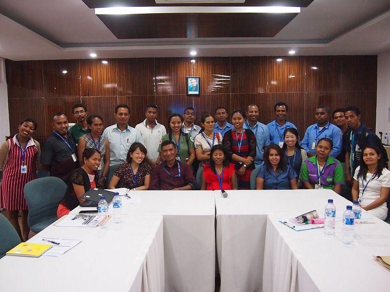 多様な機関の職員が参加したワーキング・グループ会議