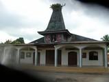伝統的建築様式のドンボスコ教会