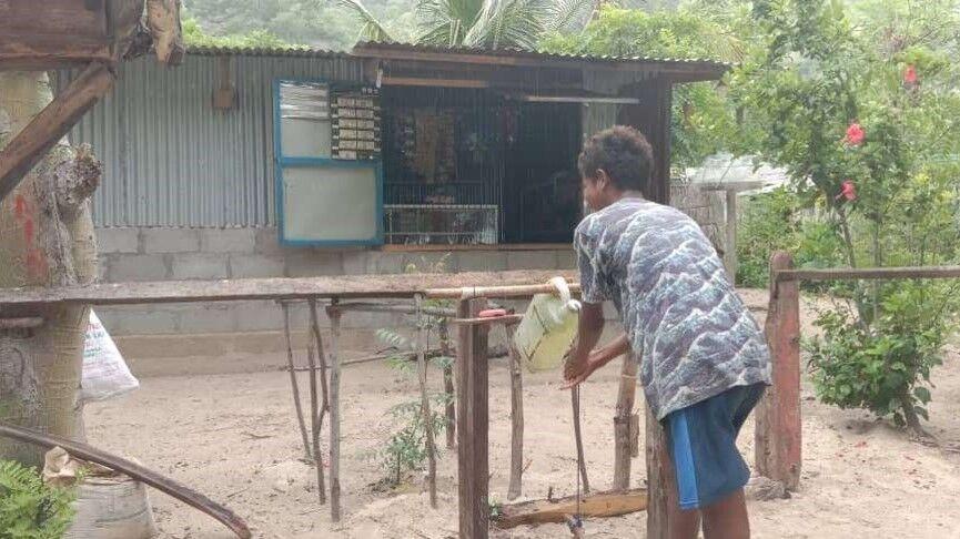 村で見つけたTippy Tap